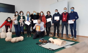Arhiepiscopia Dunării de Jos găzduiește cursuri de prim-ajutor oferite de Asociația Părinți Salvatori